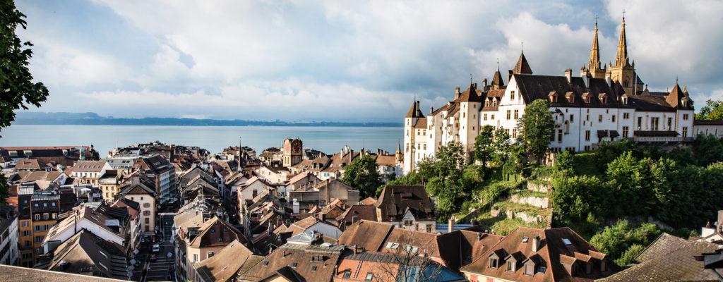 Photo ville de Neuchâtel et vue lac